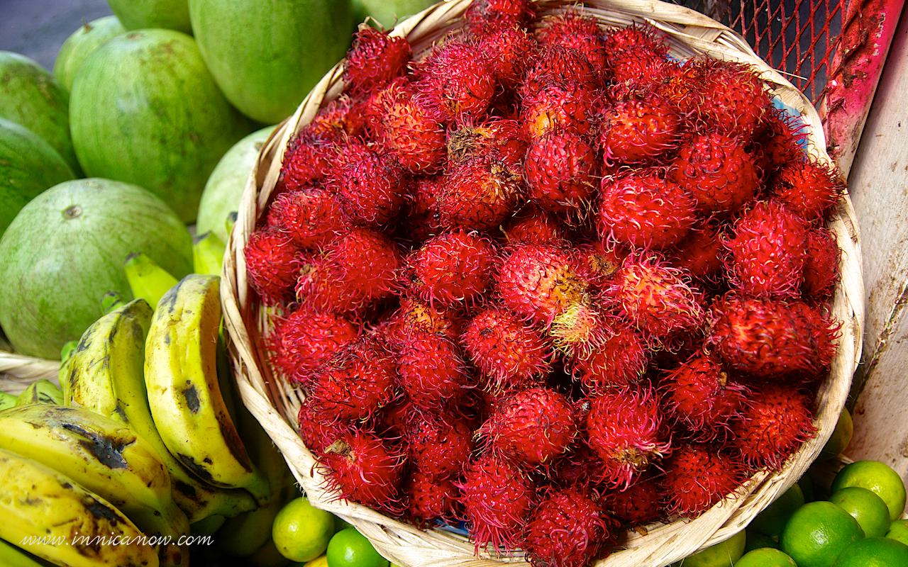 Mercado Monday: Mamón Chino (Rambutan) | In Nica Now